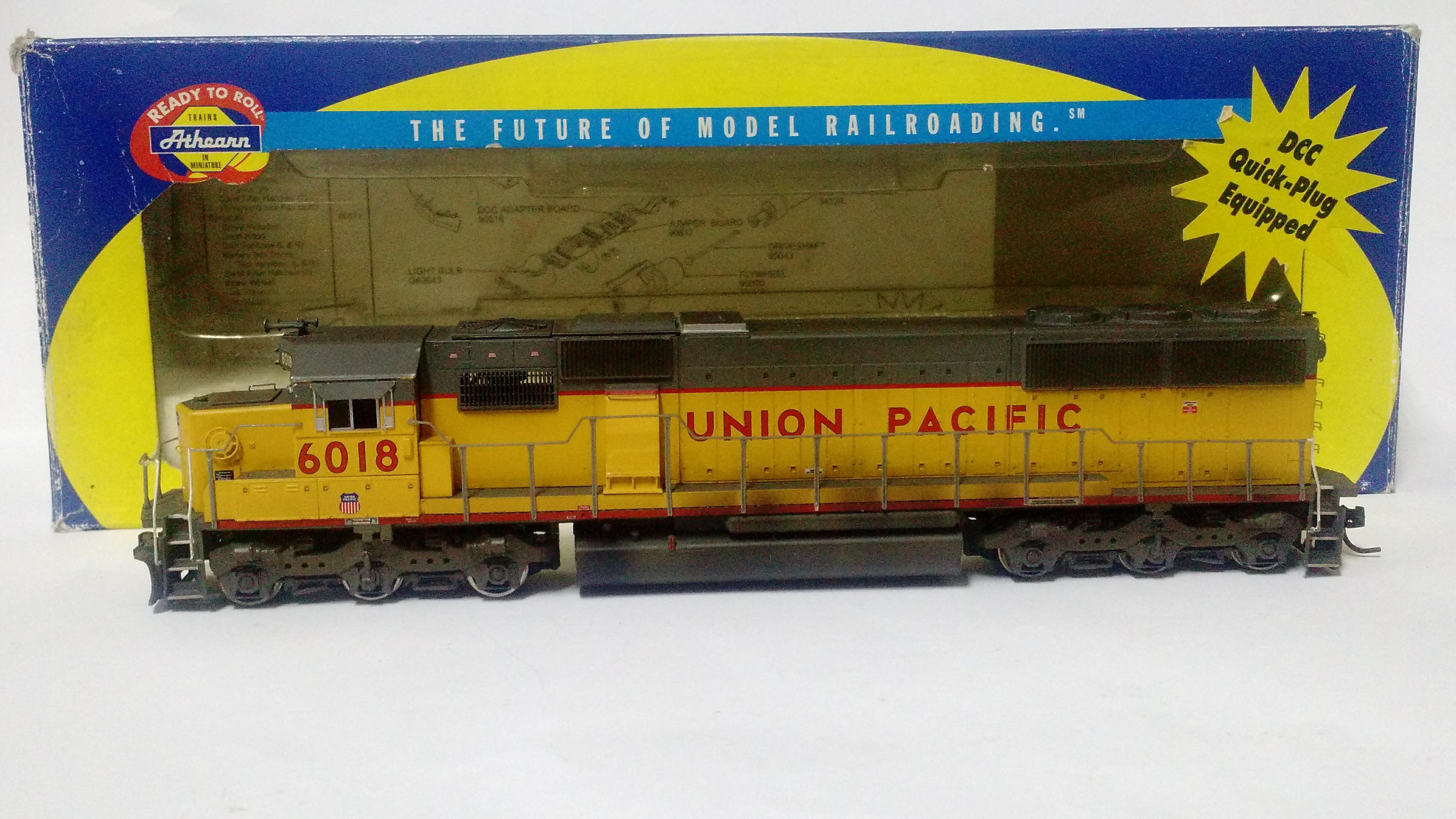 Locomotiva SD-60 Union Pacific #6018- Athearn Ready to roll