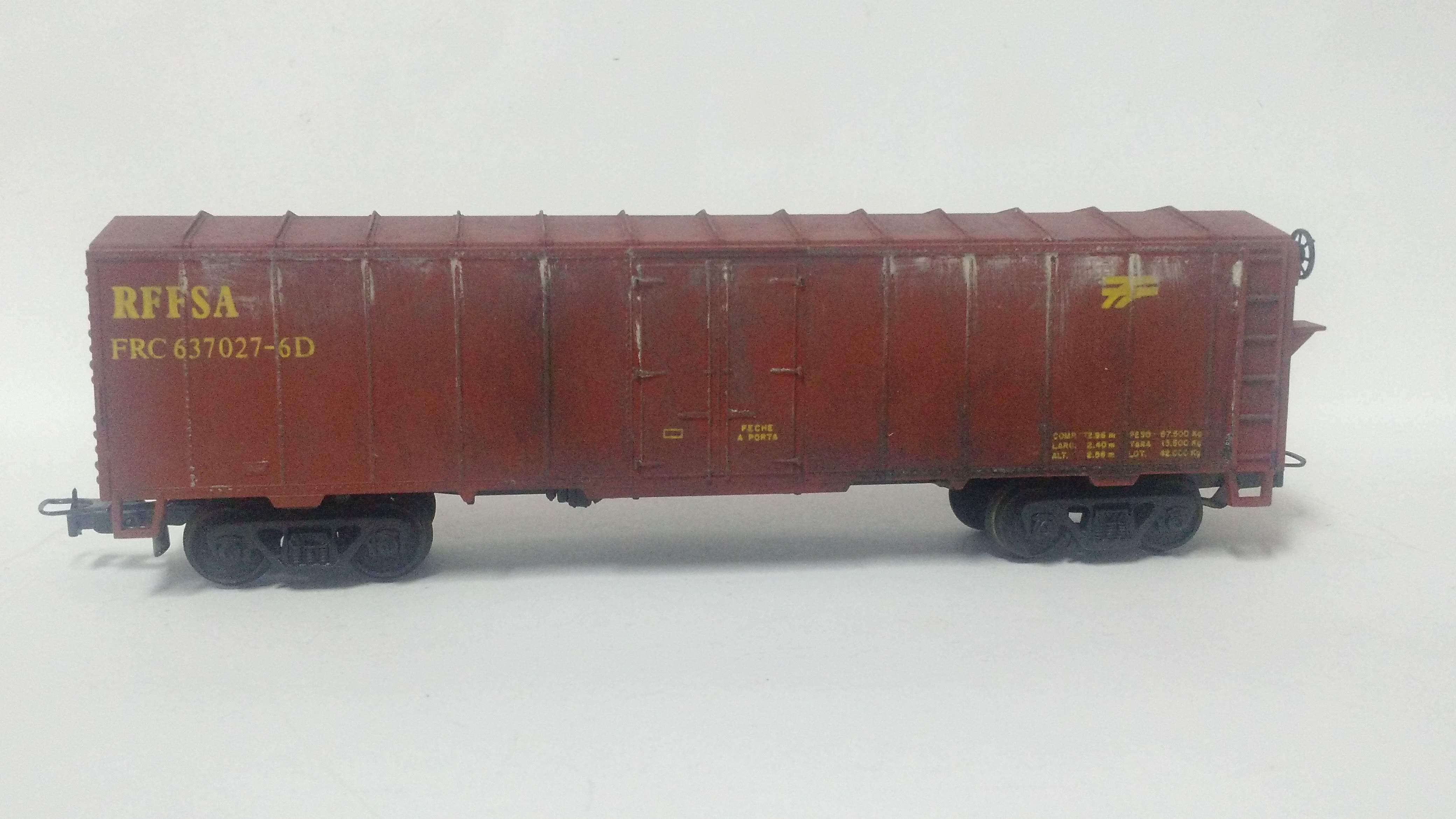 Vagão Box RFFSA com envelhecimento #637027 - Frateschi
