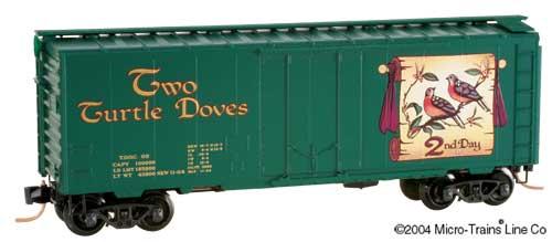 Vagão Box Car Plug Door 40' Christmas Two Turtle Doves  Micro-Trains - 21502