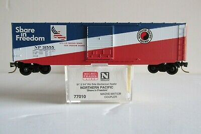 Vagão Standard Box Car, Double Single Door- Northern Pacific  Micro-Trains 77010