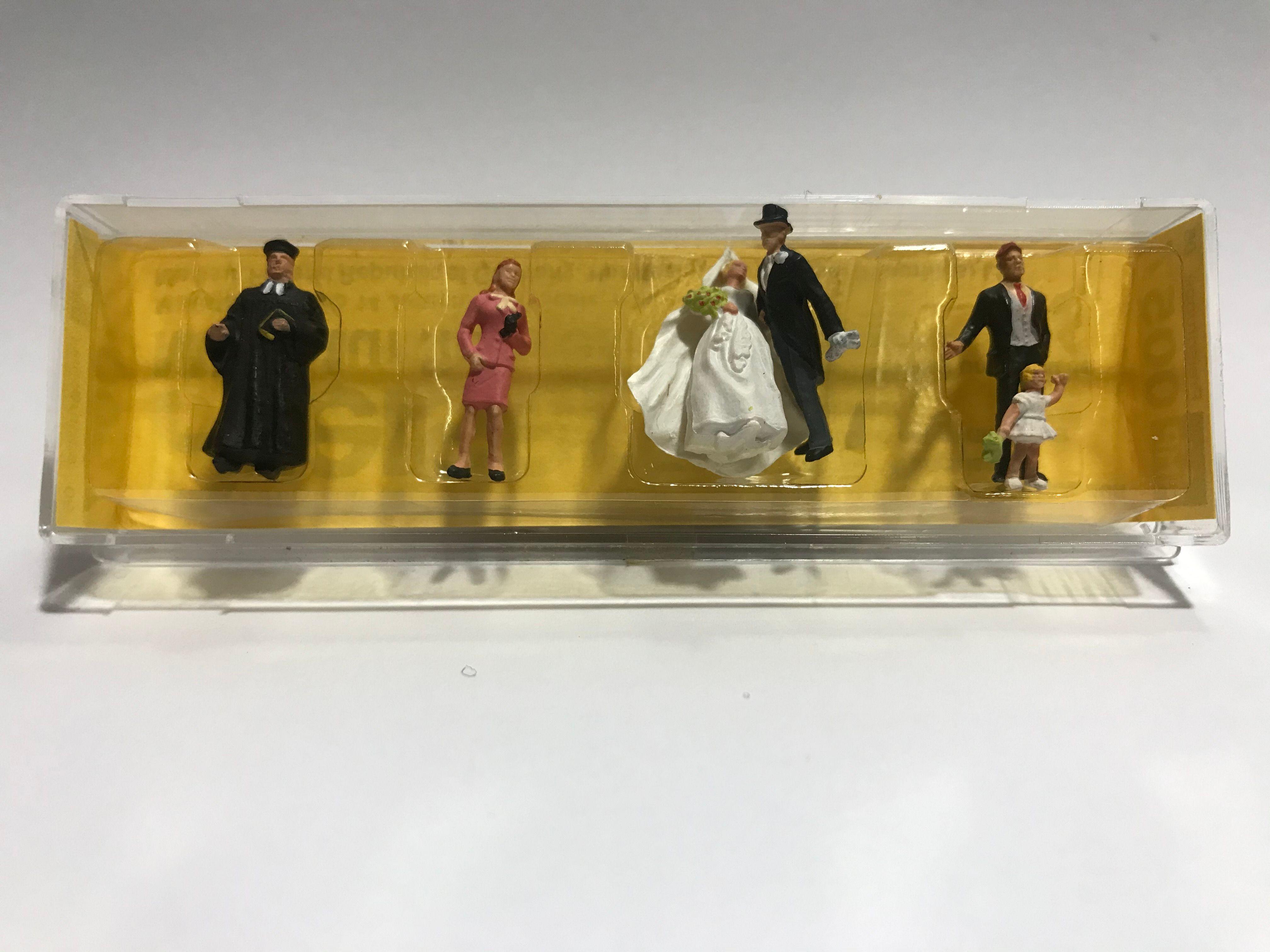 Figura Preiser  Casamento de  Protestante - 10057 (0057)