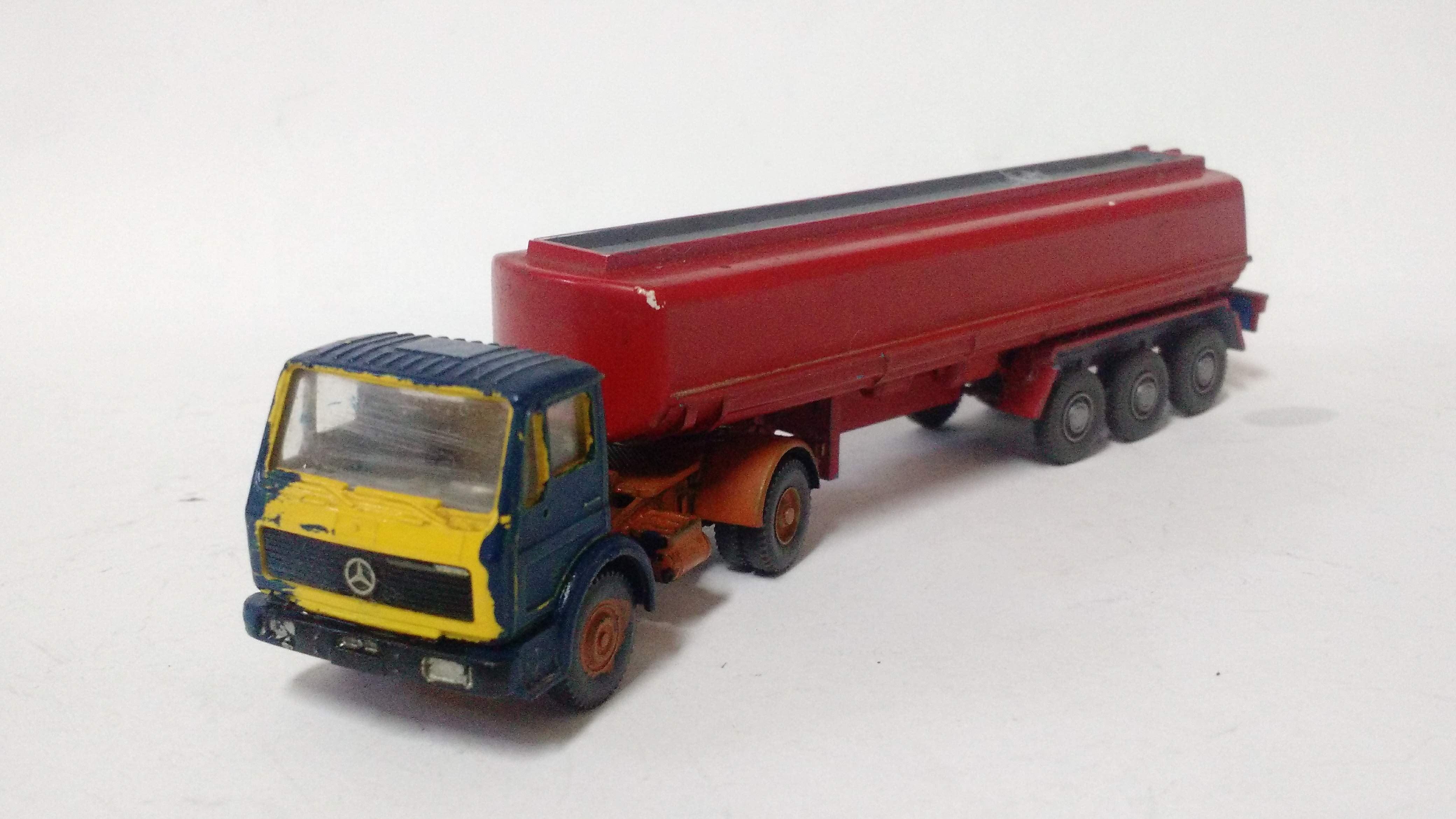 Caminhão Baú Magirus  Wiking - Nº 01