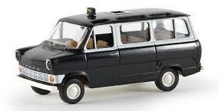 Carro  Ford Transit Panoramabus TAXI - Brekina 1/87 - 34021