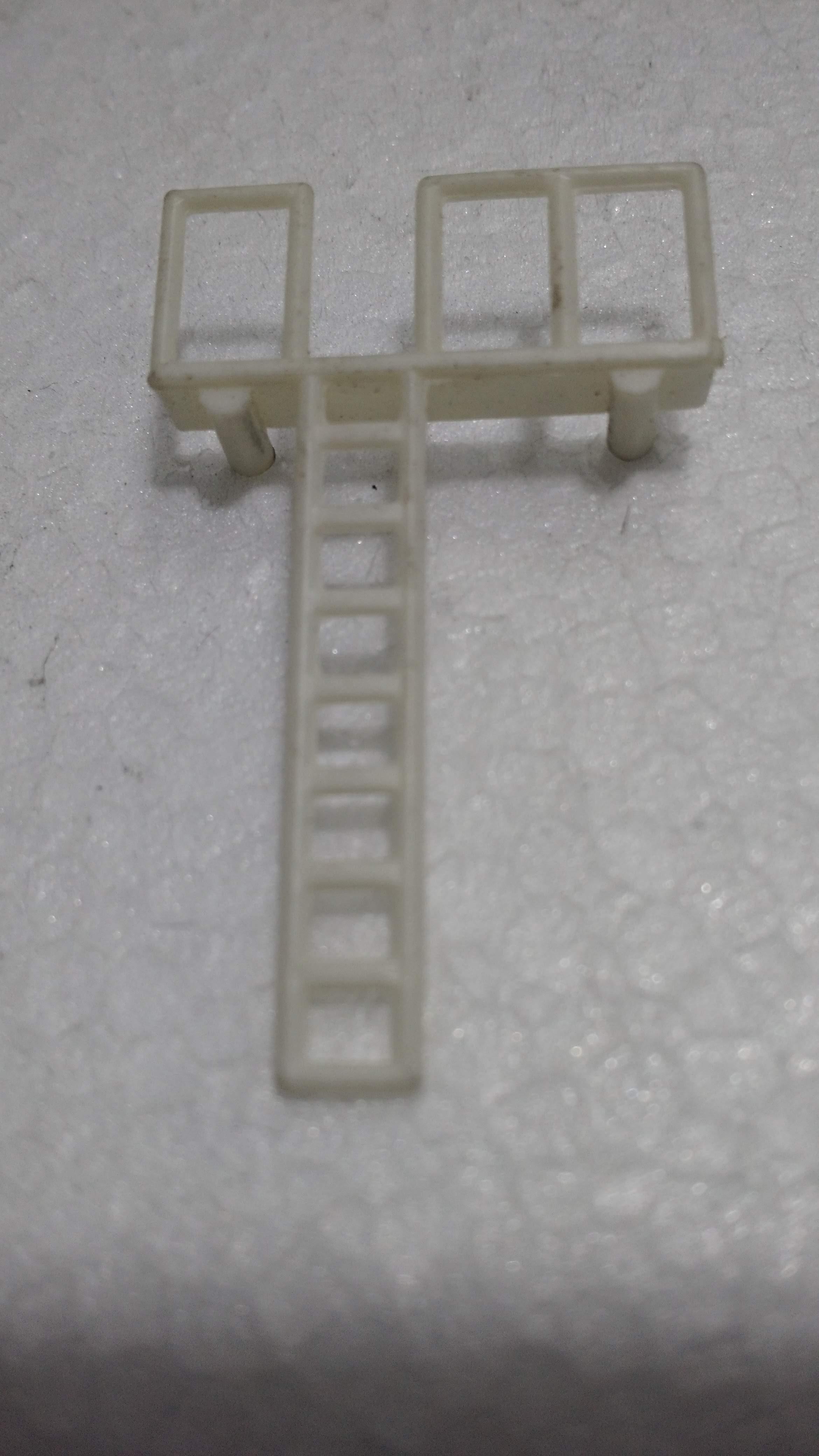 Escada Tanque ATMA Branca