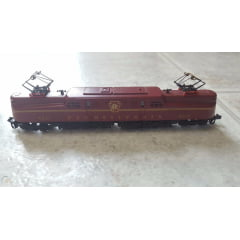 Locomotiva Elétrica Modelo GG1 Pennsylvania - Arnold Rivarossi - 5106