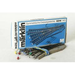 Desvio 3 Saídas  Automático Marklin - 5214- Série M