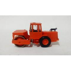 Trator Rolo Compactador - Wiking - (Usado)