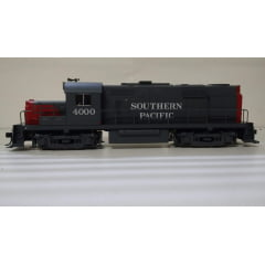 Locomotiva RS-32 Southern Pacific - 8388